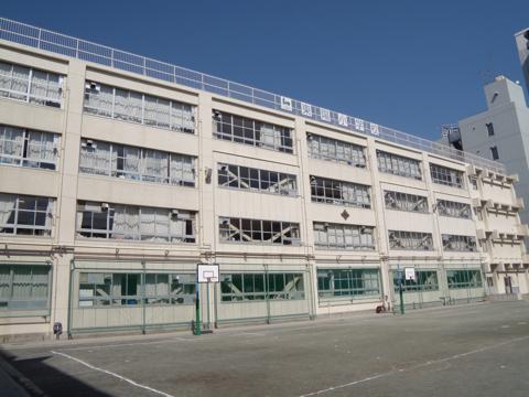 東陽小学校.jpg